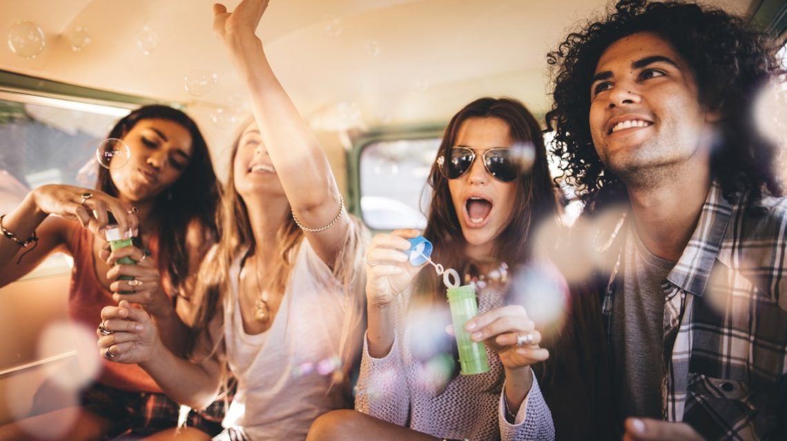 Friends Hanging Out Together Without Substances - Lakehouse Sober Living